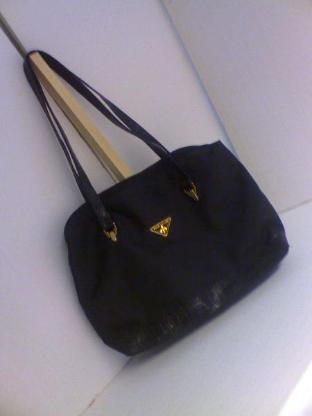 Handtasche schwarz, nagelneu, unbenutzt