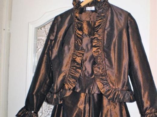 NIENHAUS Abendkleid 3-teilig Jacke, Corsage, Rock, Größe 38, Fb. braun changierend, Neuwertig