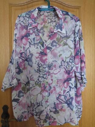 Bluse, Gr.50/XL, Blumen-Print