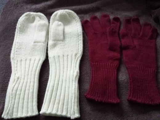 2 Paar Wollhandschuhe, Strickhandschuhe. Gr. M