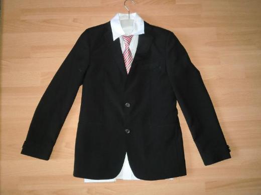 5tlg. Erstkommunion-Anzug zu verkaufen *neuwertig*
