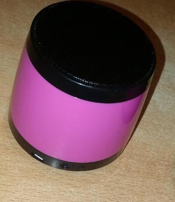 Mobile Bluetooth Musikbox in Pink / Schwarz - Verden (Aller)