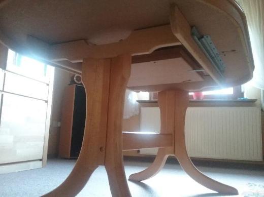 Esszimmertisch mit 6 Stühlen Buchefarbig - Langwedel (Weser)