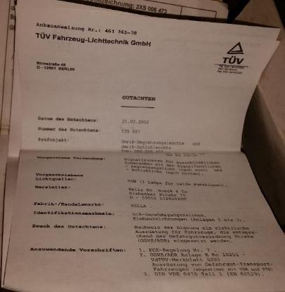 2x HELLA Umrissleuchten rot/weiß 2XS 955 031-001 mit Gummisockel - Verden (Aller)