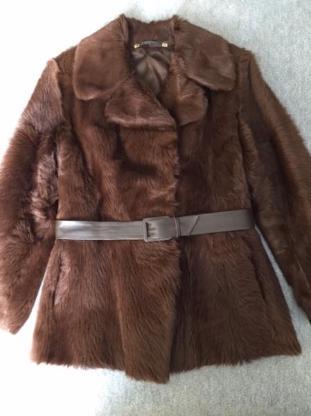 Pelz-Jacke, Größe 40, Top-Zustand, wenig getragen, Art. 3 - Visselhövede