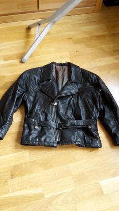 Schwarze Damen Lederjacke im Bikertstyle Gr. S - Bremen