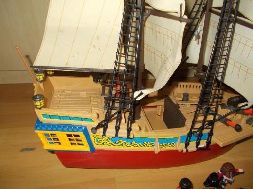 Nr . 2 Großes Playmobil Tarn / Piratenschiff + Zubehör - Edewecht