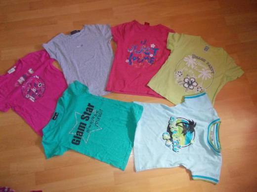 18 + 3 Teiliges Sommer Bekleidungs Paket für Mädchen in 134 fast Alles Neu ! - Edewecht