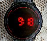 "LED-""TOUCH""-Armbanduhr, innovatives Display, mit Lederarmband, neuwertig! - Diepholz"