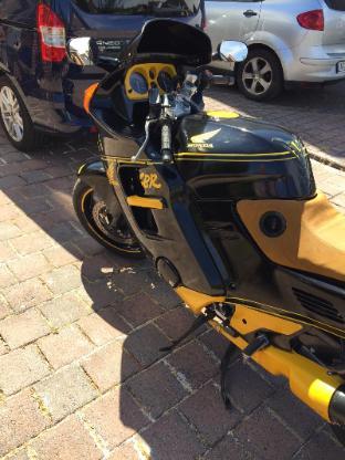 Honda SC 24 - CBR 1000f - Ostbevern