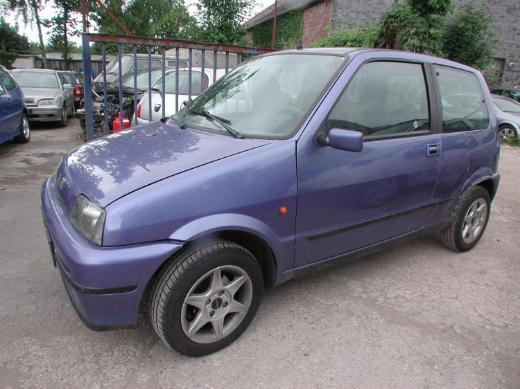 Fiat 500 Cento blaumetallic Motor Getriebe Top