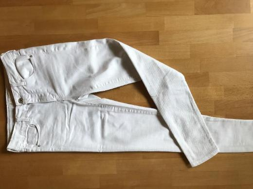 Gr. 152, Zara Girls Collection, weiße, lange Jeanshose