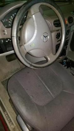 Mercedes A Klasse rotmetallic Schlachfest Sitz - Bocholt