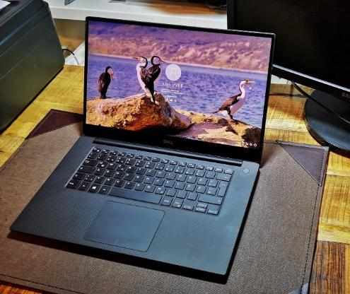 Dell XPS 15 9570 IPS Laptop - Aachen