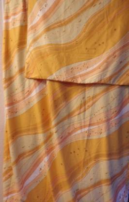 2 Sets Bettbezüge, Mikrofaser, orange-gelb gemustert
