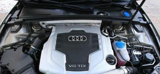 Audi A4 2,7 TDI Motor CGKB- (8K2 / B8) Diesel 163 PS 1 Jahr Garantie - Gronau (Westfalen)