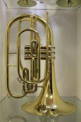 Dynasty / Getzen Marching - Waldhorn in Bb. Neues Ausstellungsinstrument. Sonderabverkauf