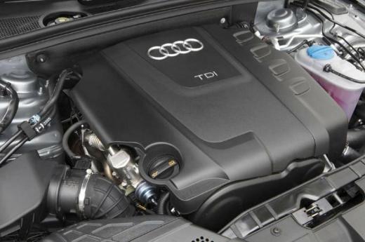 Audi A4 (8K2 8K5 B8) 2,0 TDI Motor Diesel CJCB 136 PS 1 Jahr Garantie - Gronau (Westfalen)