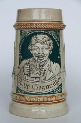 Bierkrug mit Trinklied-Vers u. Relief, ca. 20er-Jahre o. älter