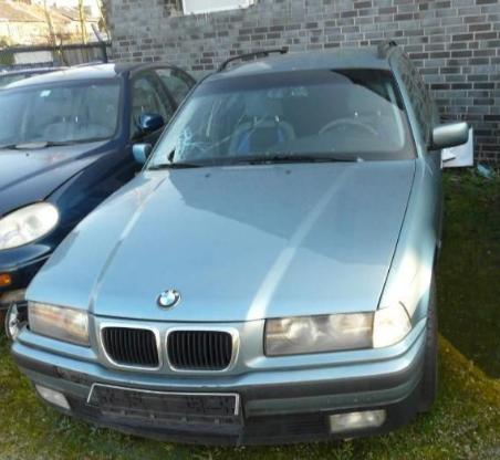 BMW e36 318  Getriebe 5 Gang  kpl. mit Anbauteilen - Bocholt