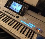 Yamaha Tyros 4 Tasten 61 Keyboard - Einbeck