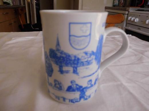 Handorfer Tassen und Kuchenteller