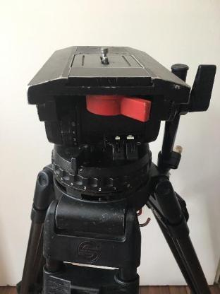 Sachtler Video 25 Schwenkkopf mit Carbon Kamera-Stativ - Berlin