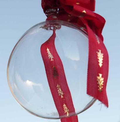 Glaskugel, klar, farblos, mundgeblasen, ca. 11 cm Durchmesser