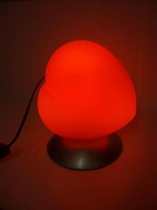 Stimmungsvolle rote Tischleuchte in Herzform für gewisse Stunden, 40 Watt, neuwertig - Münster
