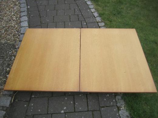 Tisch  für 2 Größen machbar > klappbar>von1969