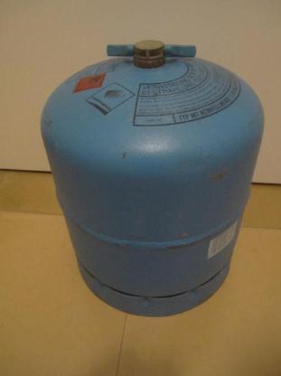 Gasflasche > Campinggaz Typ 907 mit Restmenge