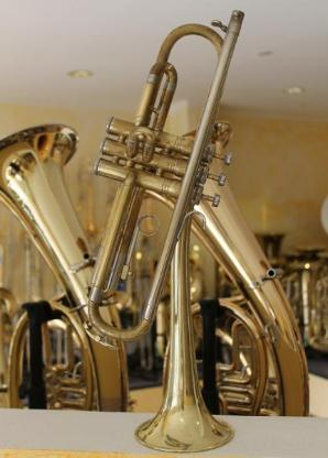 King Cleveland Superior Gillespie B - Trompete U.S.A. - Hagenburg