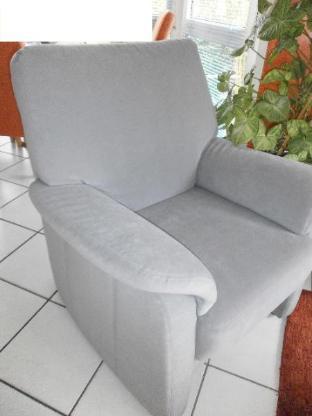 Hochwertiger Sessel - wie neu - angenehme Sitzhöhe:45 cm
