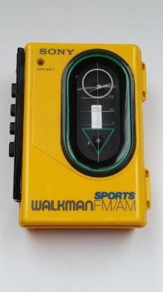 Sony Walkmann SPORTS WM-F35 mit Radio, Kultgerät, Vintage, aus den 80ziger Jahren, Top Zustand