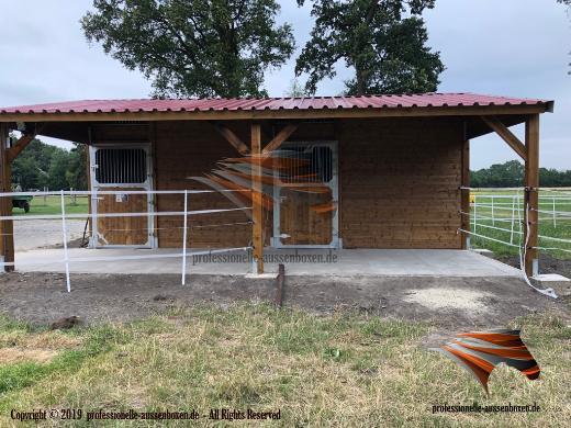 Außenboxen für Pferde, Pferdeställe, Pferdeboxen, Weidehütte, Offenstall, Unterstand - Kolbingen