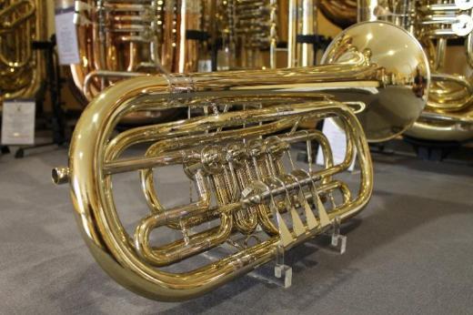 V. F. Cerveny Basstrompete in Bb, 4 Ventile Mod. CTR 592-4, Neuware - Hagenburg
