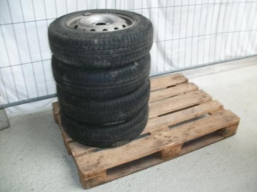 Sommerreifen Pirelli P 3000 - Wagenfeld