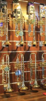 Yamaha Schüler Trompete, Modell YTR 1335, Neuware inkl. Zubehör - Bremen Mitte