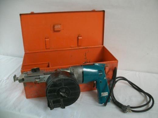 Magazinschrauber HolzHer 3301 / Bohrmaschine Makita 6801DBV - Wagenfeld