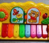 Chicco Piano mit verschiedenen Farben Leuchttasten - Verden (Aller)