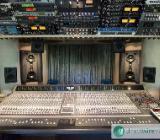 Online Mastering & Mixing - Direct wiring: No plugs, no plugins; pure analog sound! - Martfeld