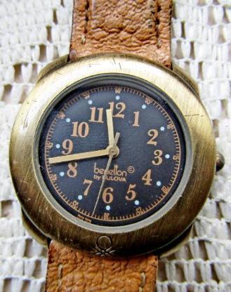 """Kult! """"BENETTON""""-Armbanduhr mit Lederarmband in Blechdose, für Liebhaber usw., ungeprüft! - Diepholz"""