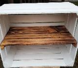 Apfelkistenregal weiß mit Einlegeboden geflammt Schuhregal - Bremen