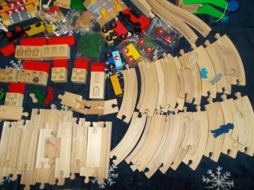 130 + Teiliges Holzeisenbahn Set Teilweise NEU ! + Zugabe - Edewecht