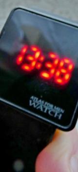 Coole Armbanduhr mit Touchscreen, Silikonarmband, Anleitung, noch in der OVP - Diepholz