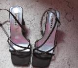 Schwarze Schuhe in Grösse 40 - Bremen