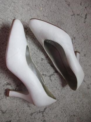 weisse Schuhe Grösse 39 - Bremen