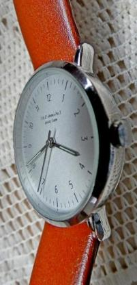 "Hallo Sammler: ""F.A.Z. No. 3""-Edelstahl-Armbanduhr, flach, Lederarmband, sehr gepflegt! - Diepholz"