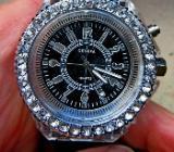 Hingucker! Damen-Armbanduhr, Strass-Lünette, LED-Spiele, neu! - Diepholz