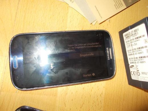 2x Samsung Galaxy S3 Neo GT - I9301 / Blau / Display / Wasser Schaden - Edewecht